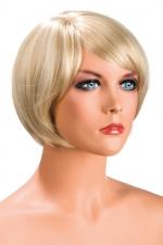 Perruque Mia blonde - Perruque blonde aux cheveux courts en carré avec mèche ayant un aspect actuel.